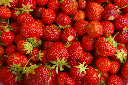 The size of strawberries for sale in shops is decided by the EU